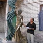 Бронзовая скульптура Л.М.Гурченко авторства Сейфаддина Гурбанова в Харькове